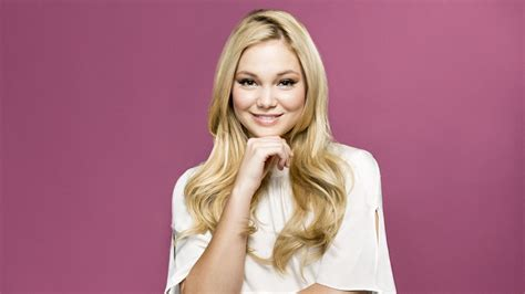 Olivia Holt Says Her And 'i Didn't Do It''s Austin North