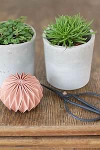 Blumentöpfe Aus Beton : die besten 25 blumentopf beton ideen auf pinterest diy ~ Michelbontemps.com Haus und Dekorationen