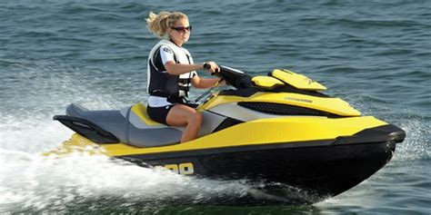Sea Doo Boat Msrp by 2010 Sea Doo Pwc Rxt 215 Buyers Guide Boattest Ca
