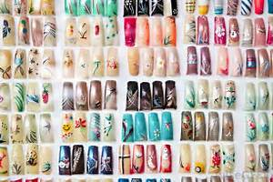 Nail art designs should be applied to nails that have been cleaned and