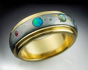 The 9 Planets Ring 18k gold Gibeon Meteorite and 9