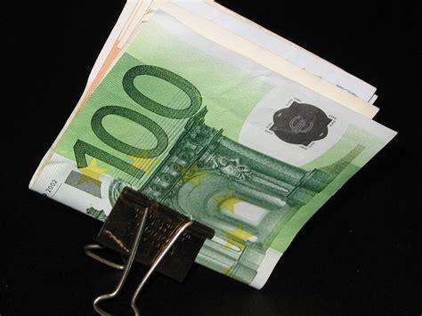 Visbiežāk Latvijā iegulda investori no Krievijas, visvairāk - nīderlandieši :: Dienas Bizness