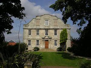 File:Hellaby Hall Country House, South Yorkshire.jpg ...