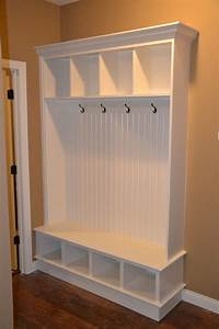 Entryway Storage Bench And Wall Cubbies - WoodWorking