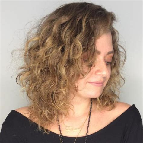 20 chicest hairstyles for thin curly hair the right hairstyles