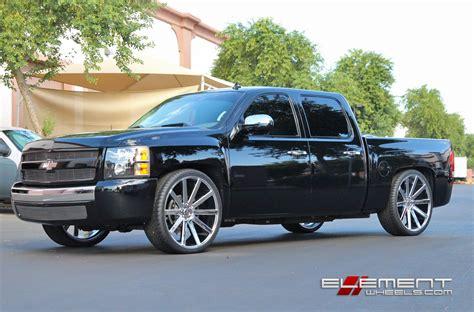 chevrolet silverado with 24in lexani johnson ii wheels chevy silverado wheels and tires 18 19 20 22 24 inch