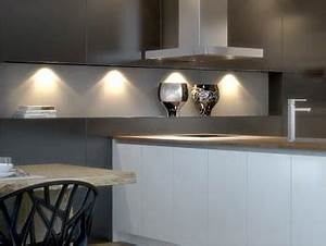 Leuchten Für Küche : led leuchten k che die ideale beleuchtung f r ihre k che ~ Eleganceandgraceweddings.com Haus und Dekorationen