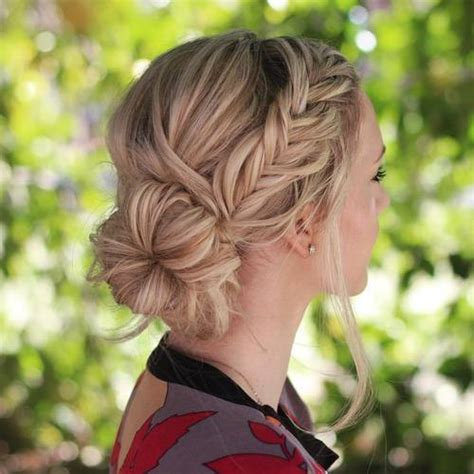 cute hairstyle for work 20 cute and easy hairstyles for work