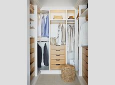 Small Closet to Make It Tidier and Cleaner Decohoms