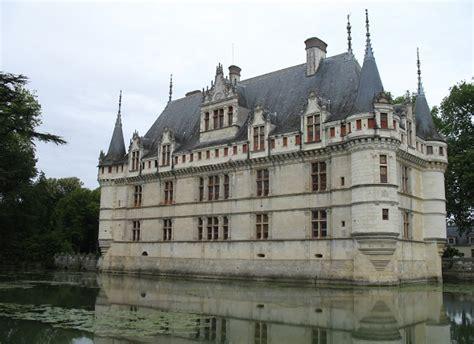 azay le rideau chateau histoire circuit des ch 226 teaux de la loire entre orl 233 ans et tours