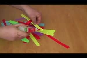 Faschingsdeko Selber Machen : video karneval im kindergarten so basteln sie mit kindern faschingsdeko ~ Markanthonyermac.com Haus und Dekorationen