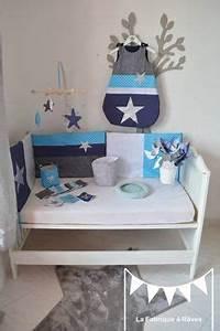 Chambre d39enfant bebe garcon bleu gris argent blanc on for Chambre garcon bleu turquoise