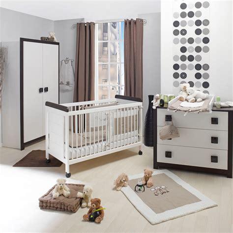 bureau bebe garcon cuisine chambre enfant garcon avec lit canapã et bureau