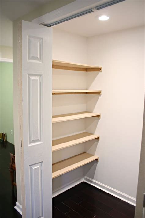 Building Bedroom Shelves by Closet Organization Shelves Diy How To Diy Tutorials