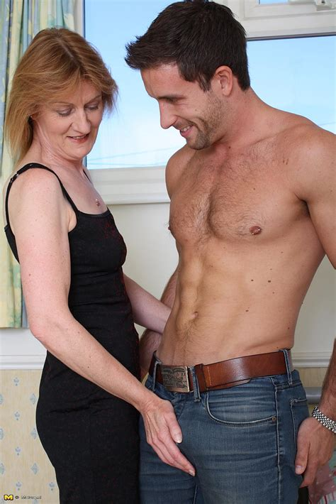 Mature Redhead Jj Get Busy With A Flesh Pipe Milf Fox