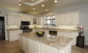 Kitchens with brown cupboards, kitchens with sienna beige