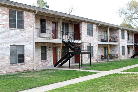 apartments  rent beaumont tx residential property