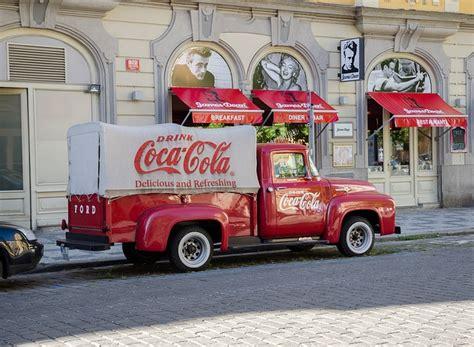 coca cola adventskalender 2016 coca cola adventskalender 2017 kaufen inhalt 220 berraschungen und