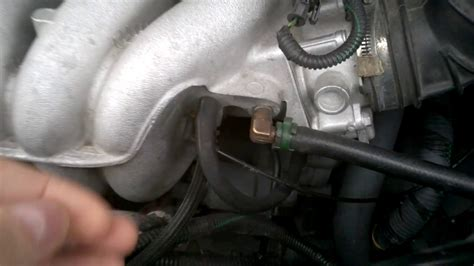 volvo   turbo intakeairbox vacuum hose connections