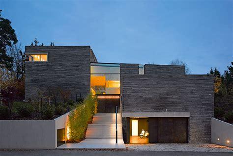 Massivhaus Stein Auf Stein betonhaus in den bergen moderne einfamilienh 228 user