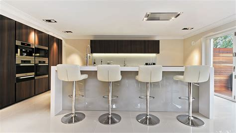 Kitchen Island And Breakfast Bar - luxury kitchen in hertfordshire