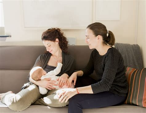 10 Things Not To Say To A Breastfeeding Mother