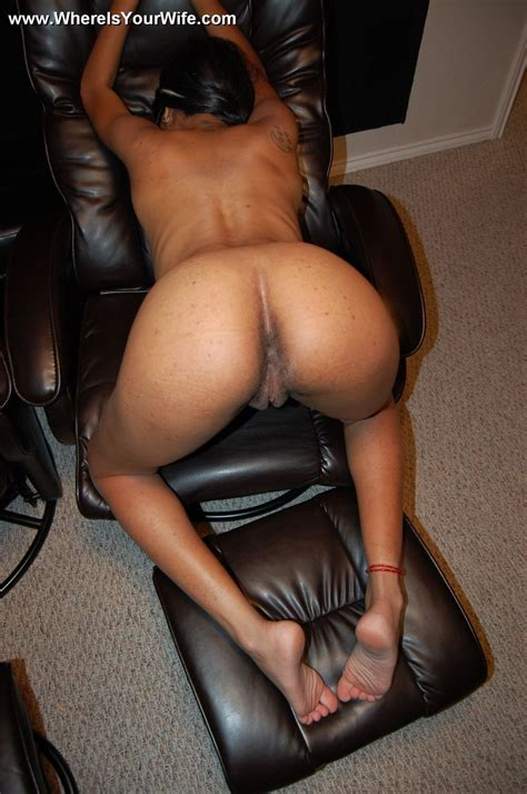 Busty Pregnant Black Housewife Exposing Her Xxx Dessert Picture