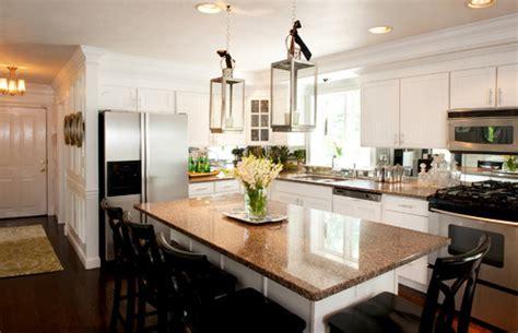 8 Mirror Types For A Fantastic Kitchen Backsplash