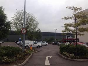 Central Park Auto : car park 1 central middlesex hospital parking in london parkme ~ Gottalentnigeria.com Avis de Voitures