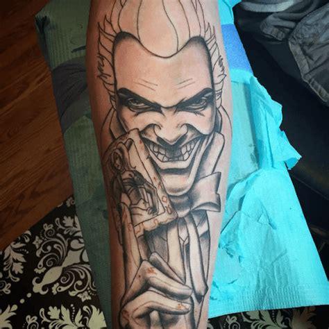 tatouage joker la folie encree tattoome le meilleur