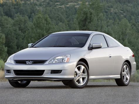 honda accord coupe    pictures information specs