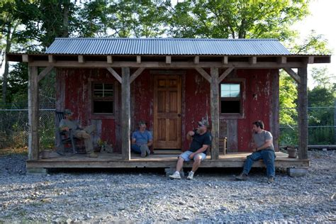Amazing Salvage Jobs From Diy Network's Barnwood Builders
