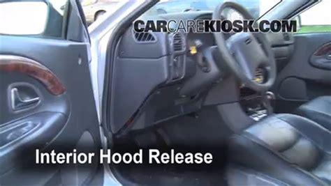Volvo S40 Cabin Fuse Box by Open How To 2000 2004 Volvo V40 2000 Volvo V40 1 9l