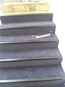 Moquette Marche D Escalier by Pose De Moquette D Escalier Avec Nez De Marches 224 Grasse