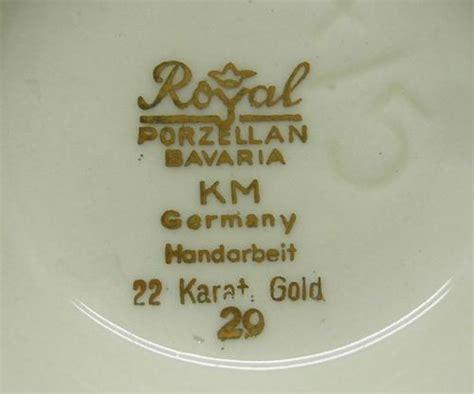 bavaria porzellan gold german porcelain royal porzellan km bavaria crafted vase with 22 carat gold trim was