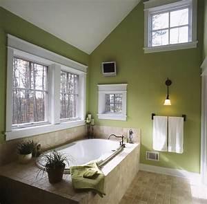 deco reposante et tendance en vert pour la salle de bain With salle de bain en long