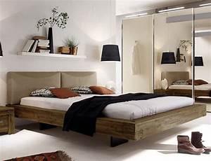 Bett Industrial Design : rustikales massivholzbett mit tollem schweberahmen industrial style modern ~ Sanjose-hotels-ca.com Haus und Dekorationen