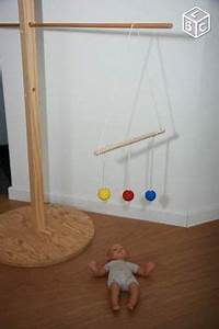 Mobile Bois Bébé : 1000 images about montessori nido on pinterest montessori mobiles and learning tower ikea ~ Teatrodelosmanantiales.com Idées de Décoration