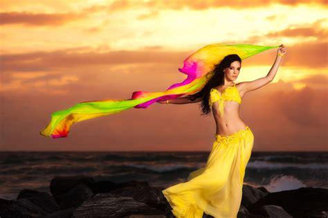 Cheeky Belly dancer, fire dancer, bollywood dancer for south Florida, Miami, Palm Beach, Boca