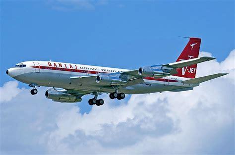 Boeing 707 - Wikipedia