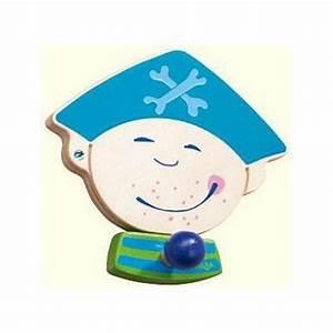 Patere Chambre Enfant : d corer la chambre d 39 un gar on sur le th me des pirates linge de ilt accessoires et d co de ~ Teatrodelosmanantiales.com Idées de Décoration