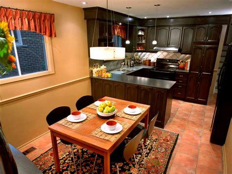 shaped kitchen layout with peninsula peninsula kitchens hgtv L