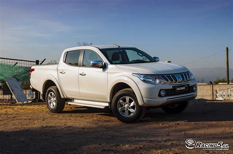 mitsubishi dakar pin mitsubishi l200 dakar photos on pinterest
