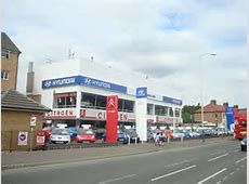 Eddy Grimstead car dealership, Romford © Stacey Harris