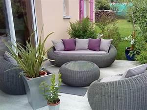Salon En Rotin : salon de jardin photo 1 8 mon nouveau salon en rotin synth tique ~ Teatrodelosmanantiales.com Idées de Décoration