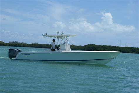 Contender Boats Islamorada by 2008 Contender 31t Only 80 Hours On F350s Mint Condition