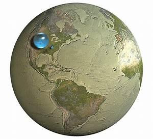Spheres Representing All Of Earth U0026 39 S Water  Earth U0026 39 S Liquid