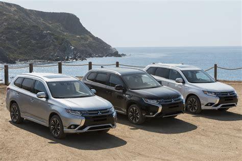 Mitsubishi Outlander Phev Debuts At ,998