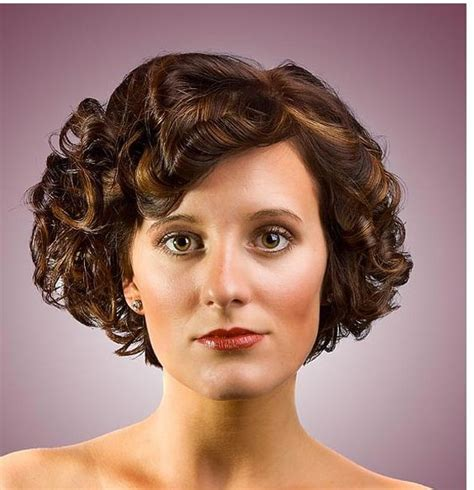 bob curl women hairstyle with big curls