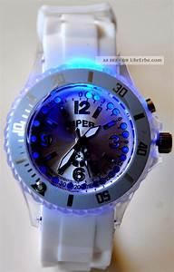 Uhren Trend Damen : blinkende led uhr damen herren trend silikon armbanduhr leucht blink uhren wei ~ Frokenaadalensverden.com Haus und Dekorationen